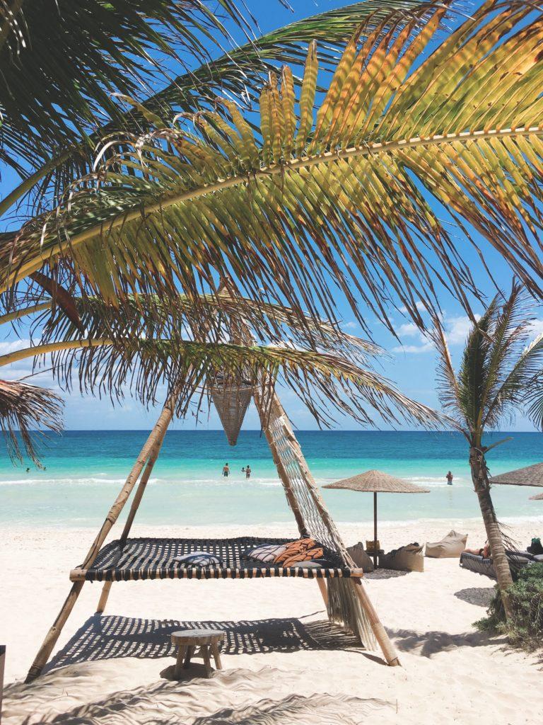 Nomade beach lounge teepee